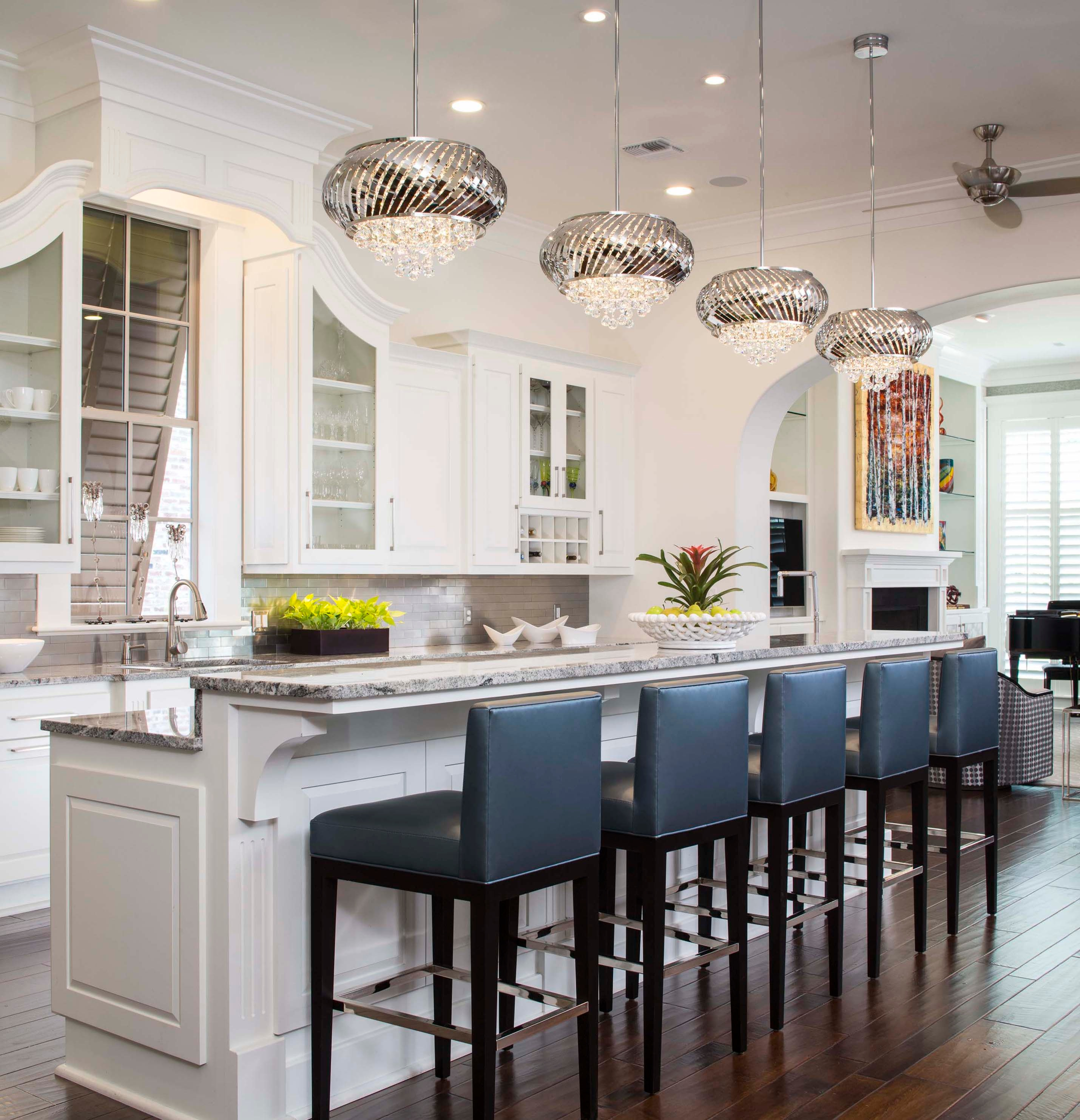 Kitchen Bar Lighting Ideas: How To Make Your House Look Traditional