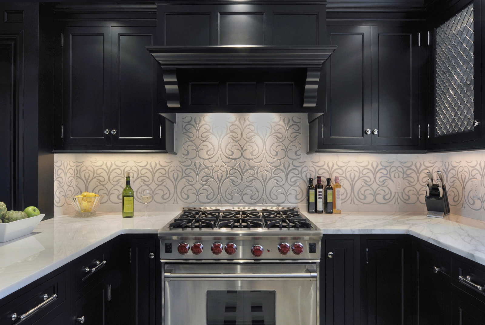 Wallpaper Designs For Kitchens How To Pick Wallpaper Zillow Digs