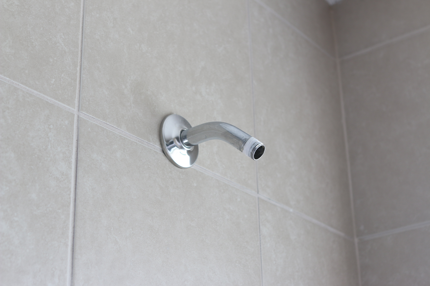 How to Replace a Showerhead to Increase Water Pressure - Home ...