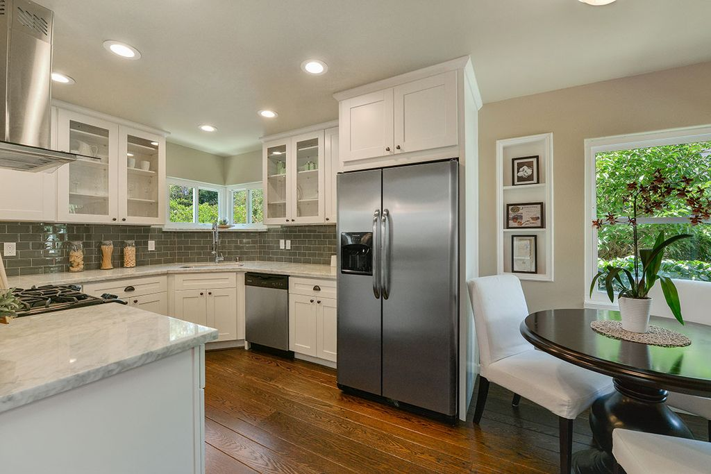 Essential Kitchen Updates to Make Before Selling Your Home on kitchen with ceiling fans, kitchen with dishwasher, kitchen with garage, kitchen with electric range, kitchen ideas for older homes, houzz kitchens with white appliances, kitchens with bisque appliances, almond or bisque kitchen appliances,