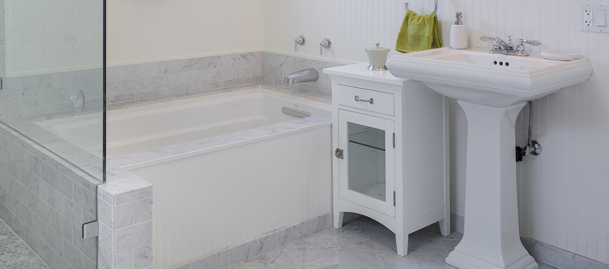 how to caulk a bathtub with beautiful results home improvement projects tips guides. Black Bedroom Furniture Sets. Home Design Ideas