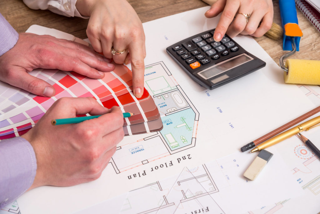 New construction tips for working with a contractor zillow for Home construction contract tips