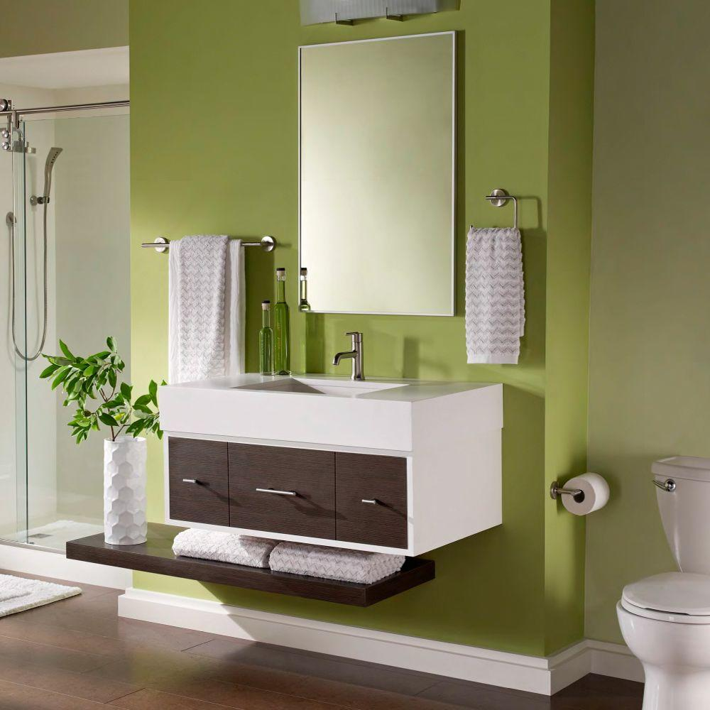 Green-wall-bathroom