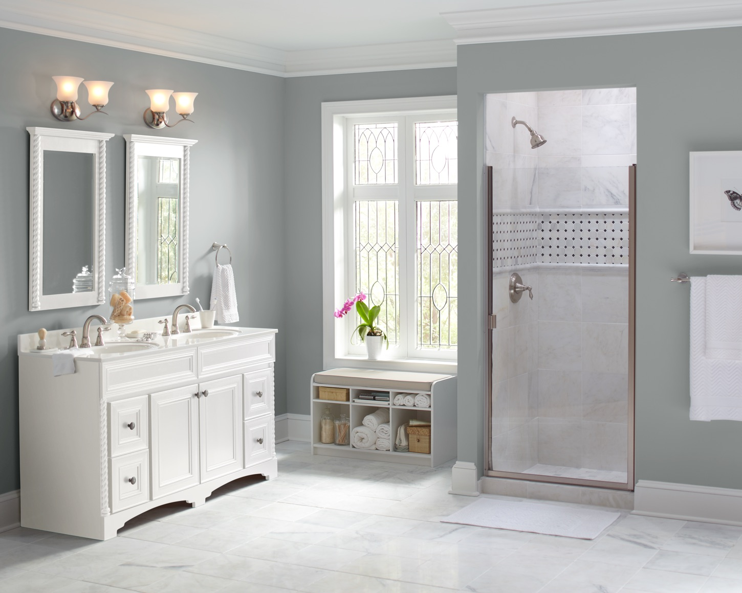 gray-wall-bathroom