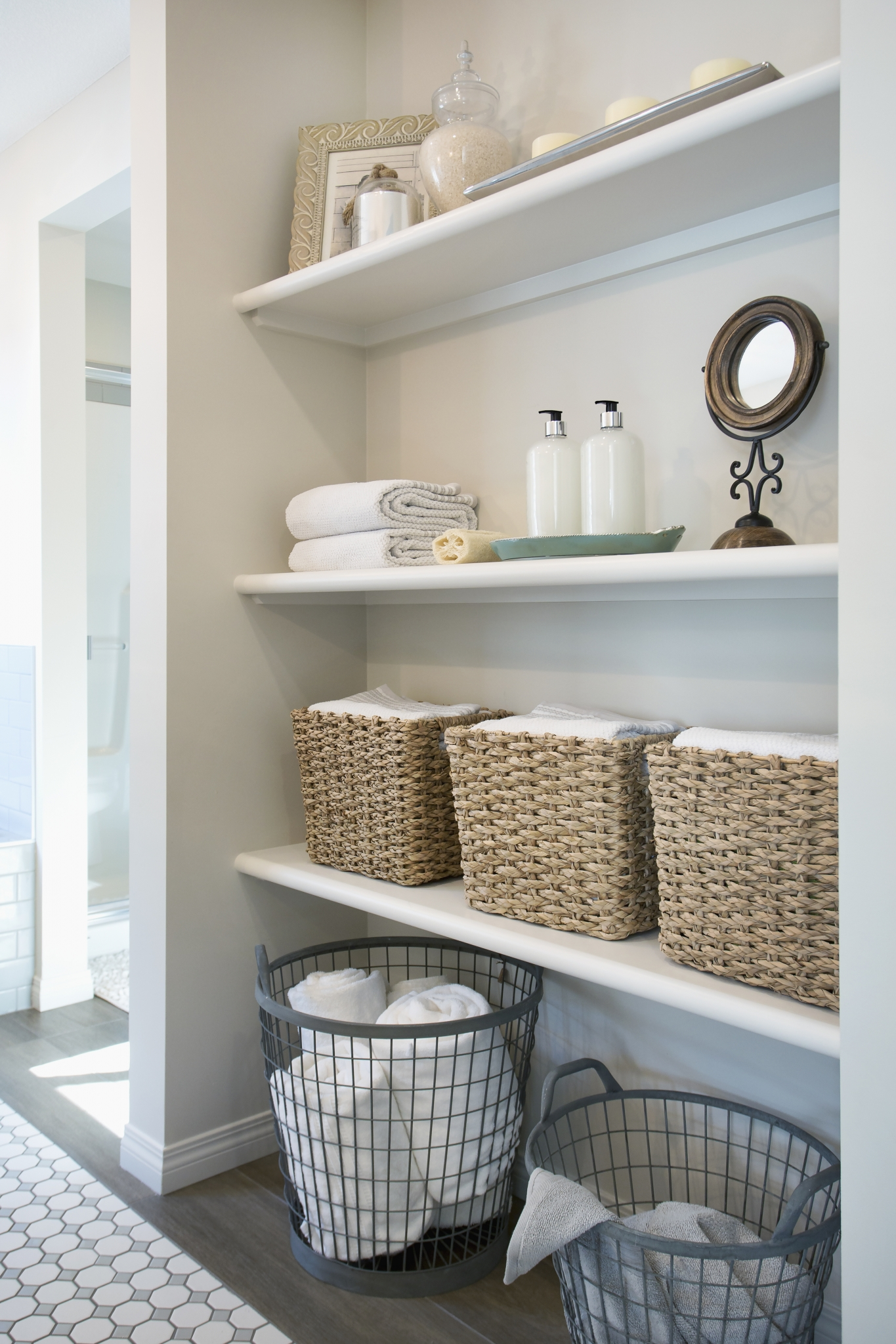 staging a small bathroom as a spa
