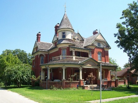 Home architecture style regional or not zillow research for Victorian themed house