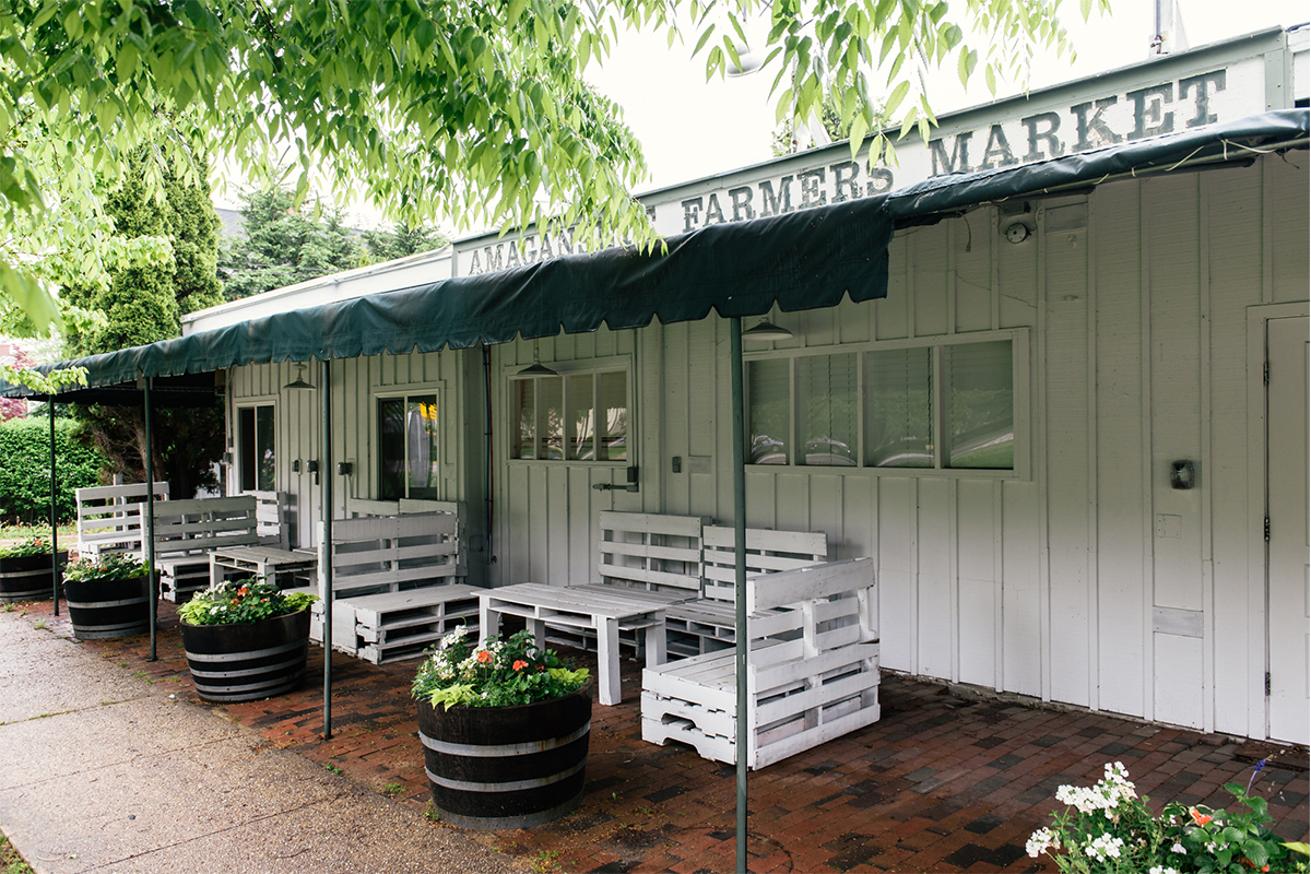 image of amber waves farm stand amagansett best farm stand hamptons
