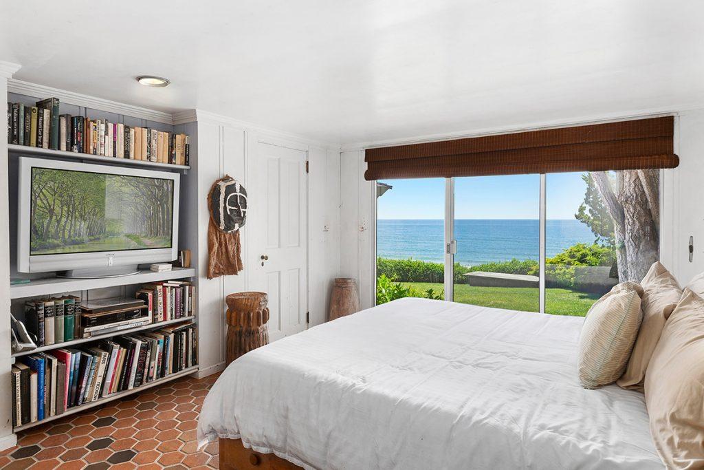 image of edward albee oceanfront montauk house