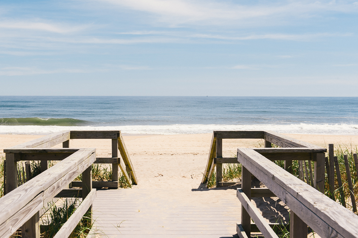 image of sagg main beach in sagaponack