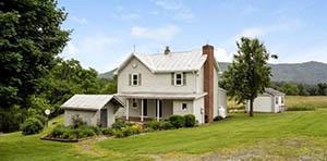 Bergton VA farmhouse for sale