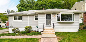 bungalow for sale in Hopatcong, NJ