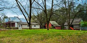 Lithonia GA farmhouse for sale