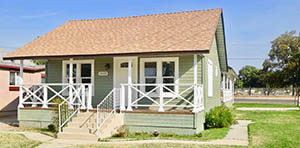 bungalow for sale in selma ca
