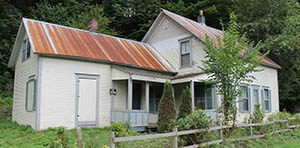 Stockbridge VT farmhouse for sale