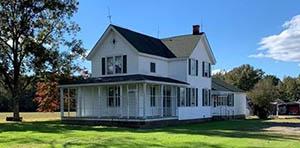 Dendron VA farmhouse for sale