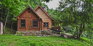 log cabin for sale in hot springs nc