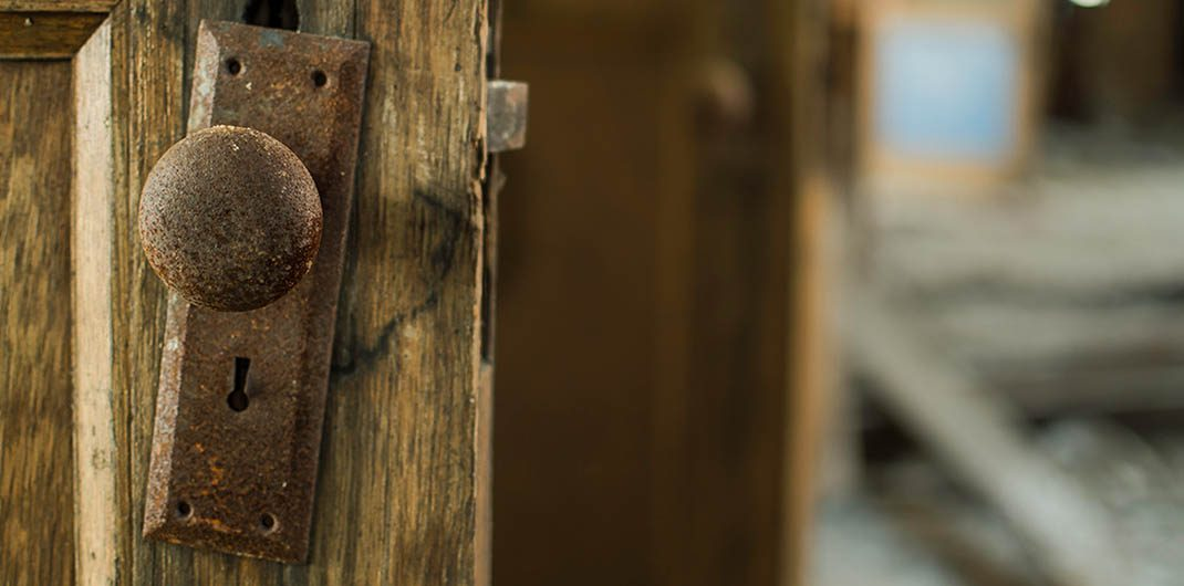 repair or replace old home restoration