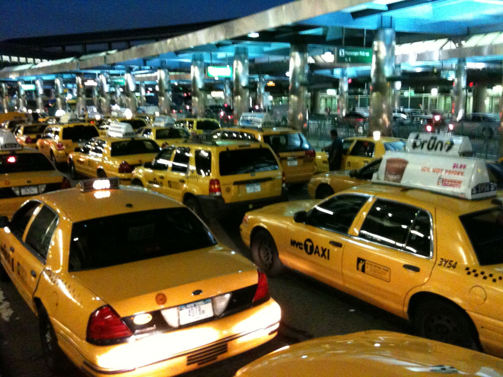 Hacks Navigating NYC Airports