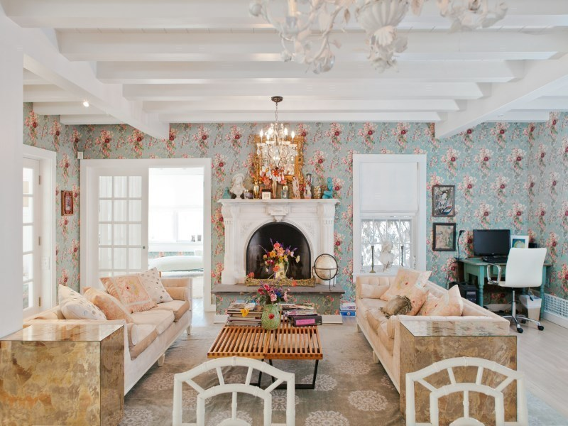 betsey johnson living room - Living Room East Hampton