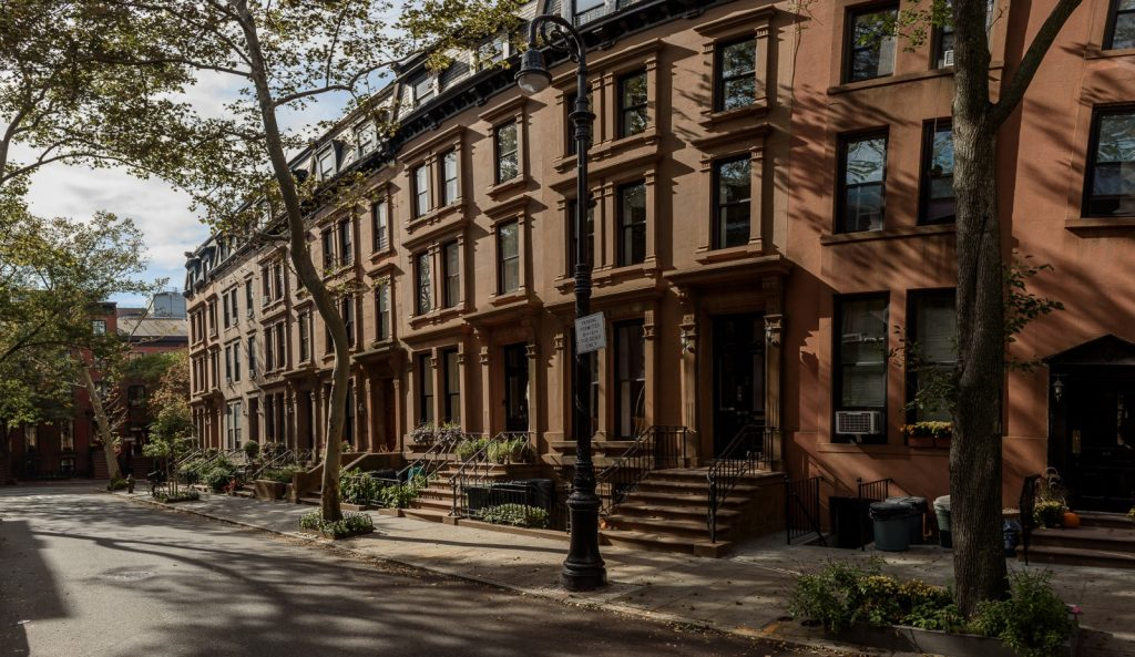 Want a brownstone house here 39 s what to know streeteasy for Buying a house in brooklyn