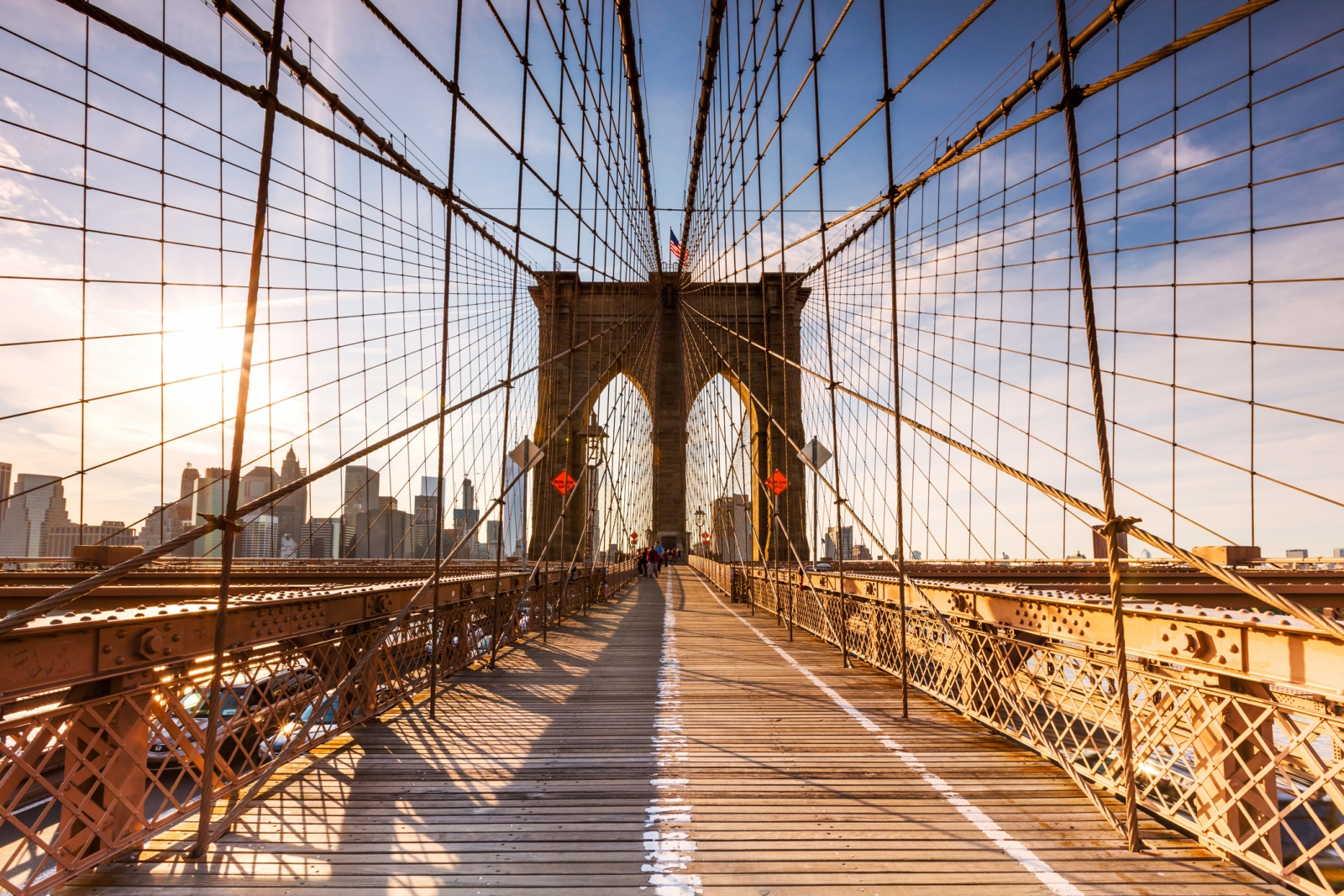 Brooklyn Bridge The Amazing Story Of A Nyc Landmark