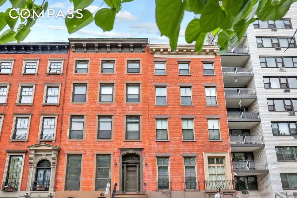 Era ends missionary sisters list combined for Gramercy park townhouse for sale