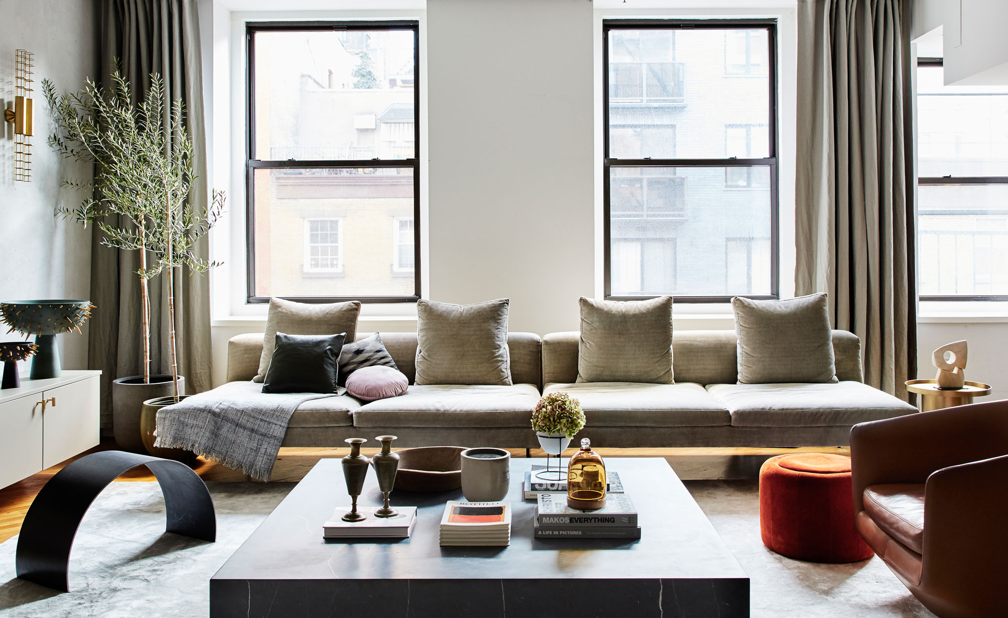 Living Room Decor Trends To Follow In 2018: Designer Tali Roth Talks About Decorating Her Chelsea Loft