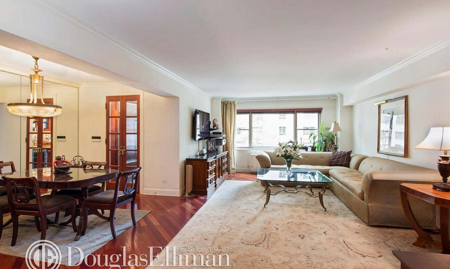 Apartment For Sale In Carnegie House, A Land Lease Building.