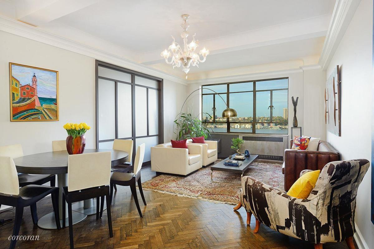 Image Of A Well Designed Apartment In New York