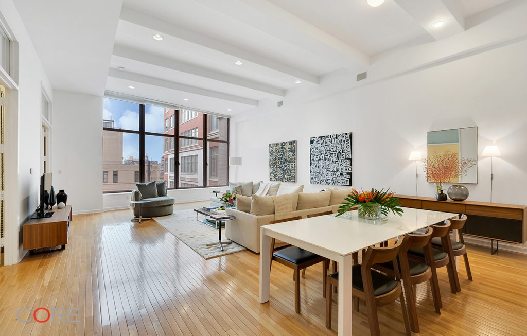 Photo of Fran Lebowitz salon in Chelsea