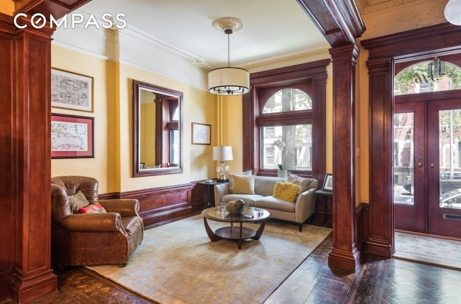 You Think You Want a Brownstone House? Need to Read Advice