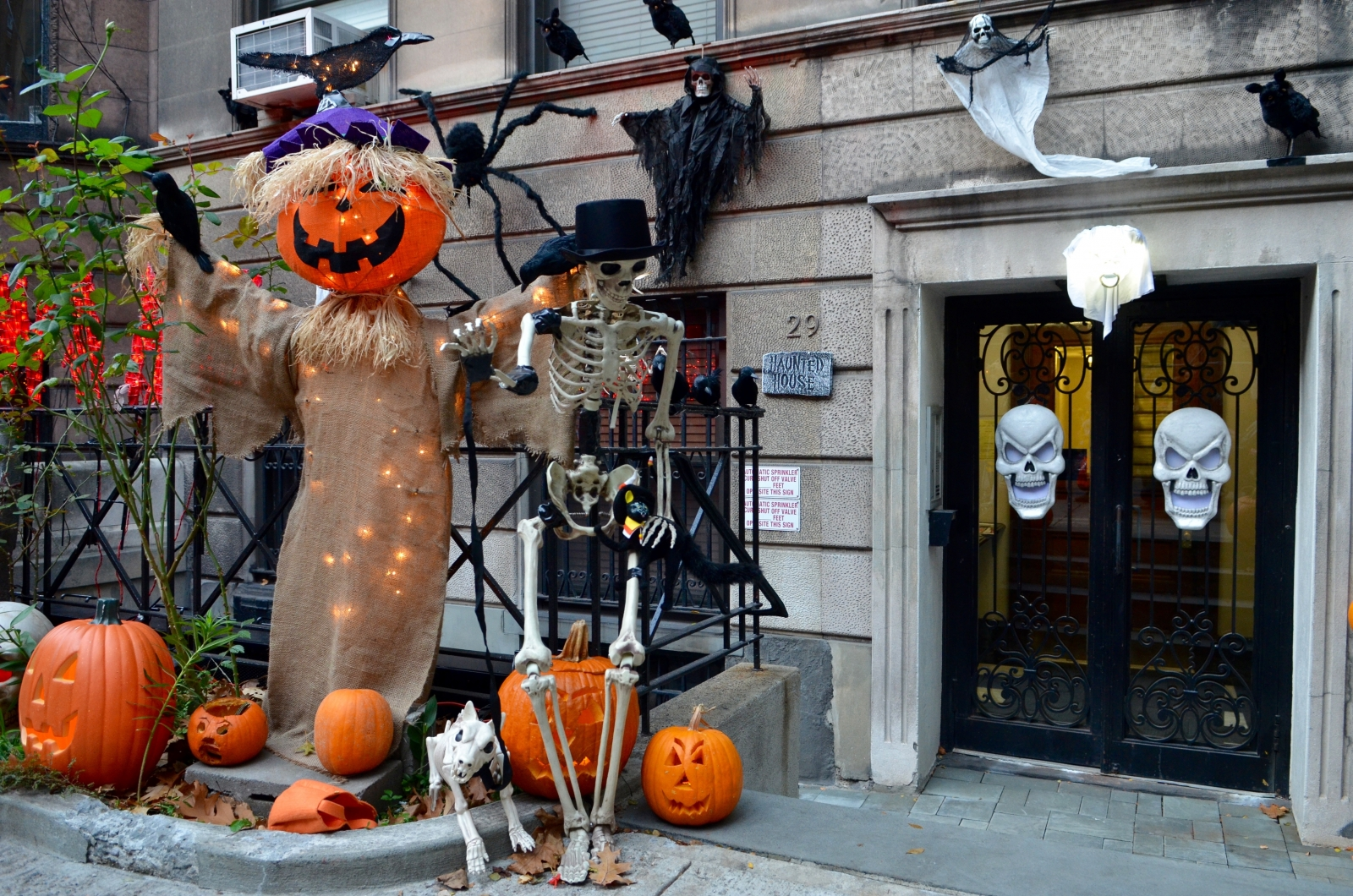 Trick Or Treating In Nyc What To Know Before You Go Streeteasy
