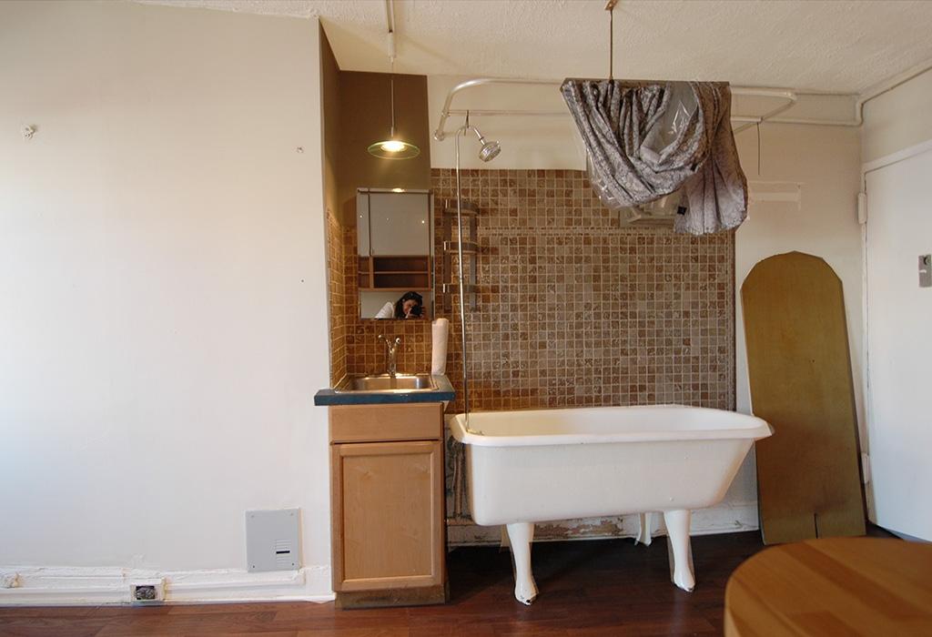 Only In Nyc Bathtub In Kitchen Streeteasy