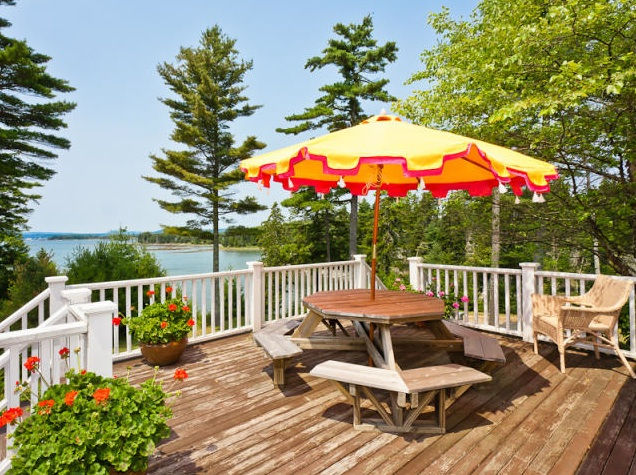 waterfront me cottage estate sales maine family single usa s for eastern international christie sturtevant real sale home lane and point eng homes harbor cottages at york