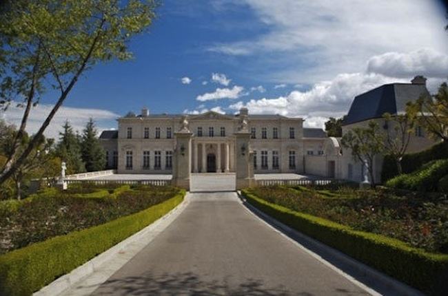 Los Angeles Super Mansion U0027Fleur De Lysu0027 Sells For A Record Breaking $102  Million   Truliau0027s Blog