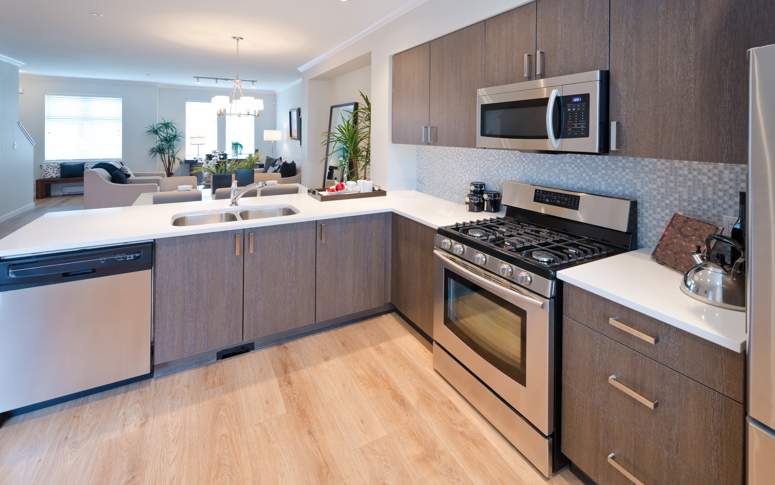 10 Tips To Give Your Kitchen A Facelift For Under $3,500