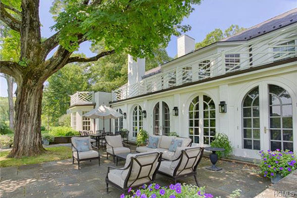 Michael Douglas And Catherine Zeta Jones List Ny Mansion