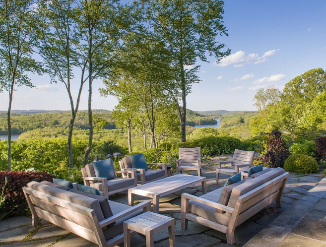 Bruce Willis Buys Storybook New York Estate For 9 Million