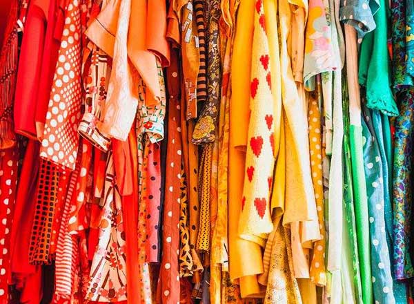 Feb2015-Trulia-Totally-Free-Home-Makeover-color-coordinated-closet