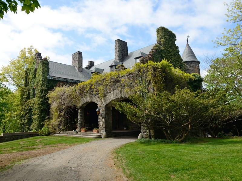 American Fairy Tale Evil Stepmother Worthy Castles For Sale In The