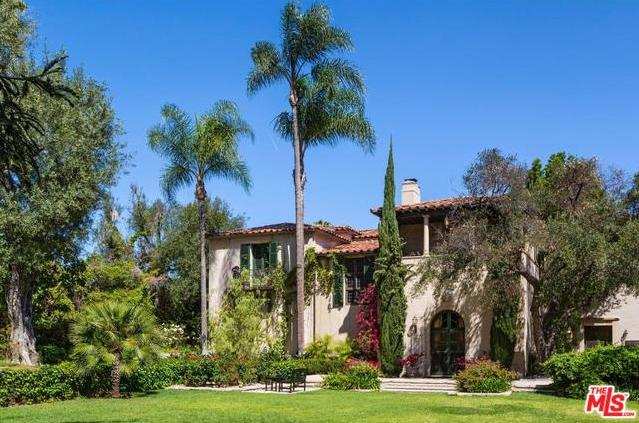 Antonio Banderas and Melanie Griffith Sell Longtime Home in Hancock Park Exterior