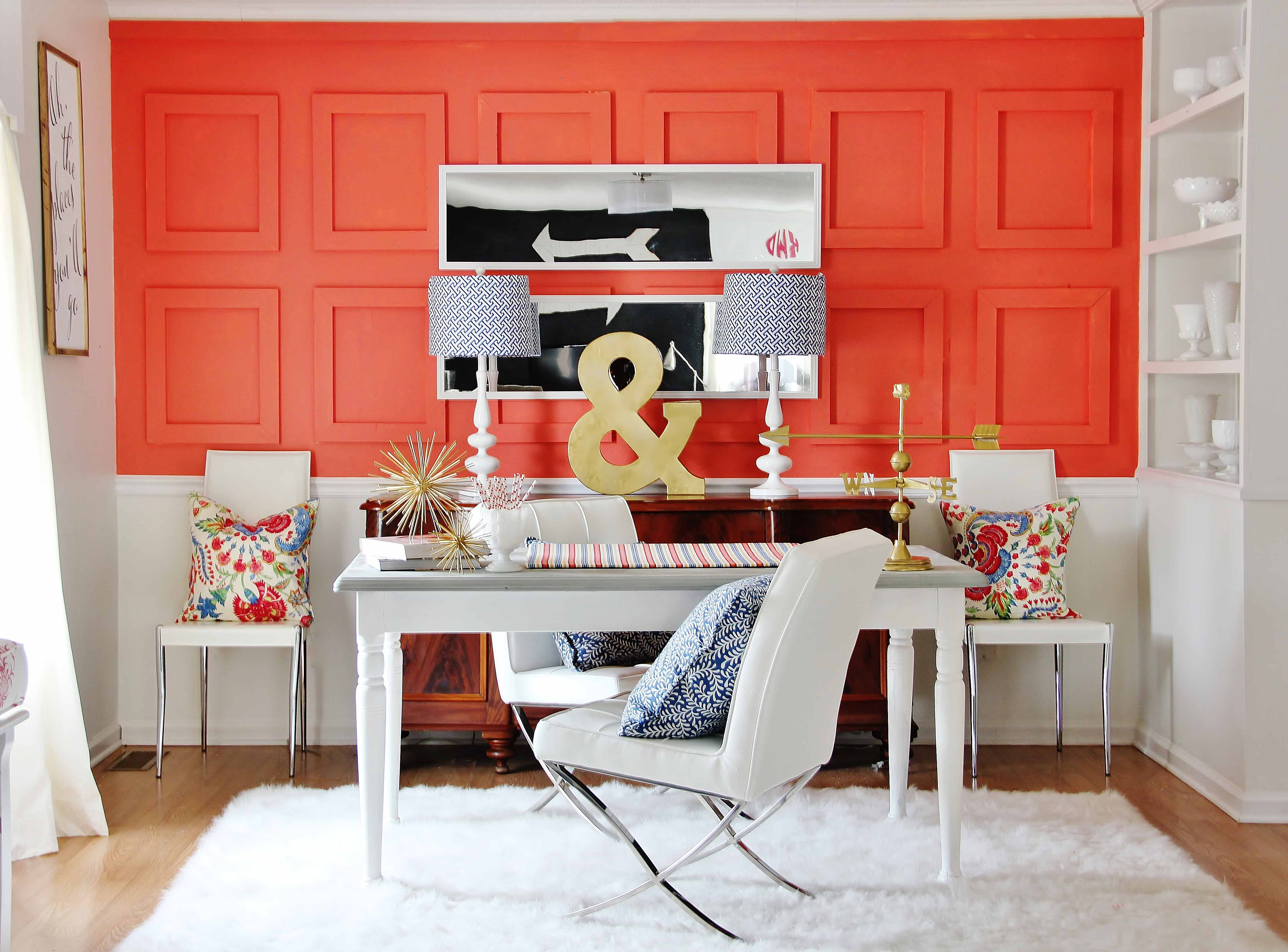 7 Ways To Make A Bold Palette Work In Small E Sherwin Williams Accent Wall