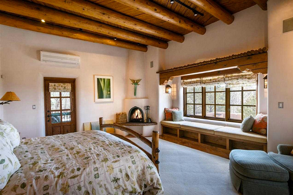 Found on Trulia: An Outdoorsy Retreat in New Mexico - Bedroom