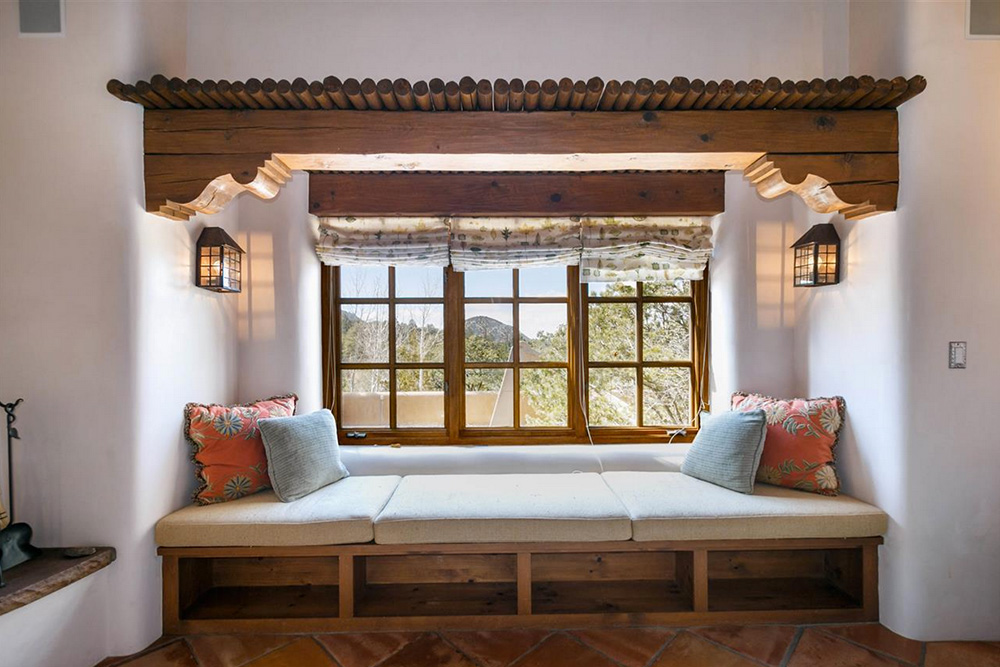Found on Trulia: An Outdoorsy Retreat in New Mexico - Window Seat