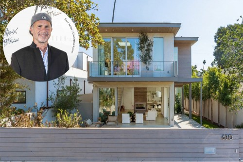 Chad Smith Sells in Venice