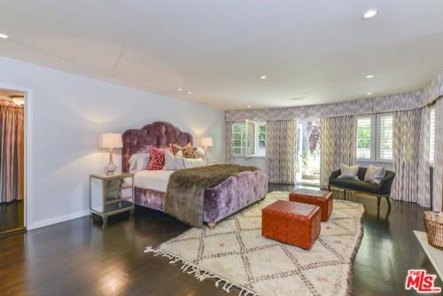 Leighton Meester Bedroom