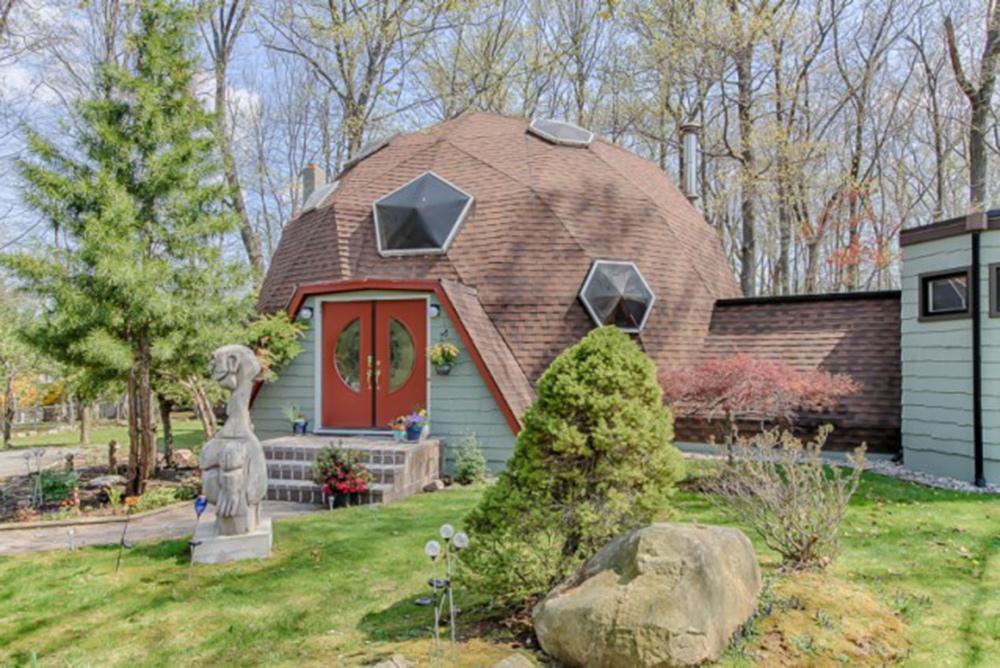 Home for sale in Randolph NJ