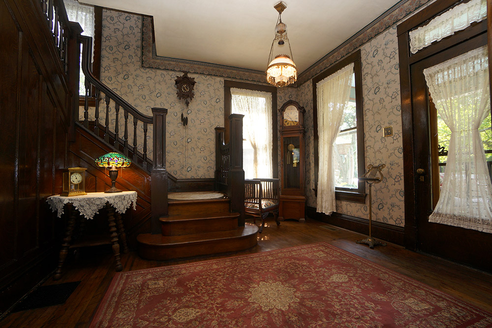 Beau Silence Of The Lambs House Is For Sale   Celebrity   Trulia Blog