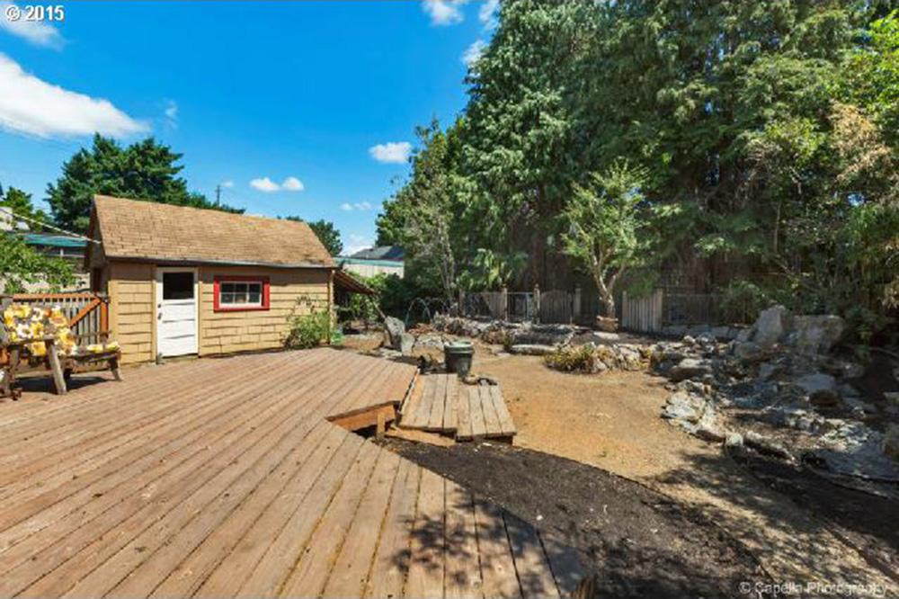 backyard-home-to-flip-8-15