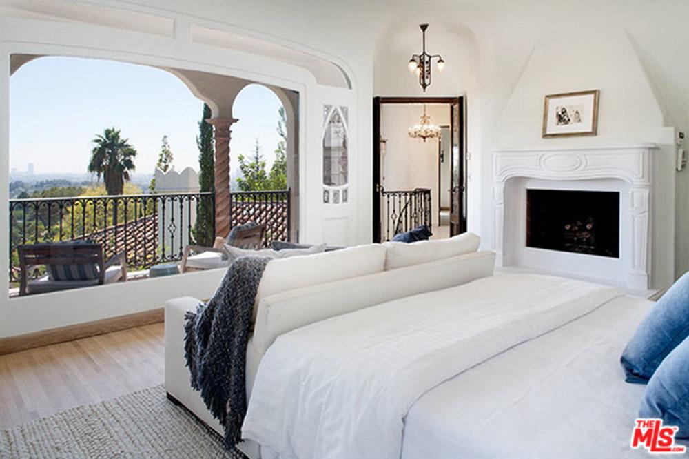 Sia Lists AF Leicht-Designed Home in Los Feliz - Celebrity - Trulia Blog